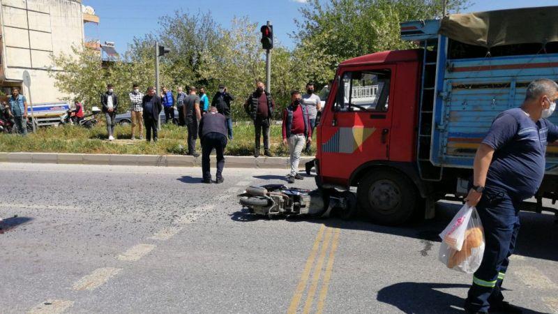 Aydın'da kamyonla çarpışan motosikletin sürücüsü yaralandı