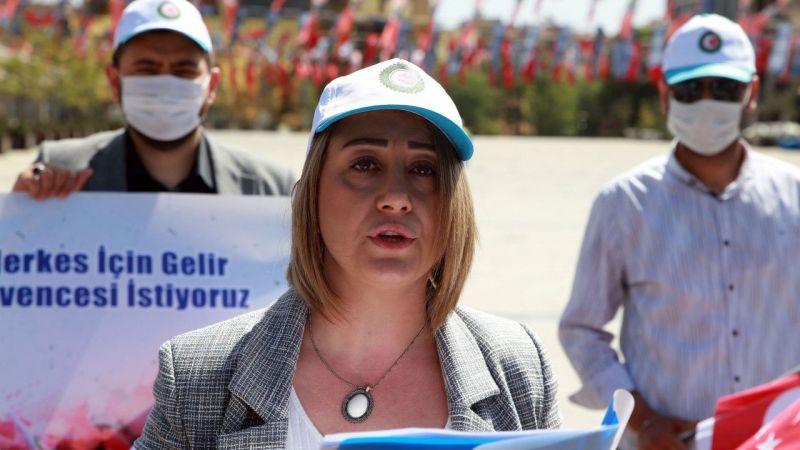 Aydın'da Hak-İş üyeleri, 1 Mayıs Emek ve Dayanışma Gününü kutladı