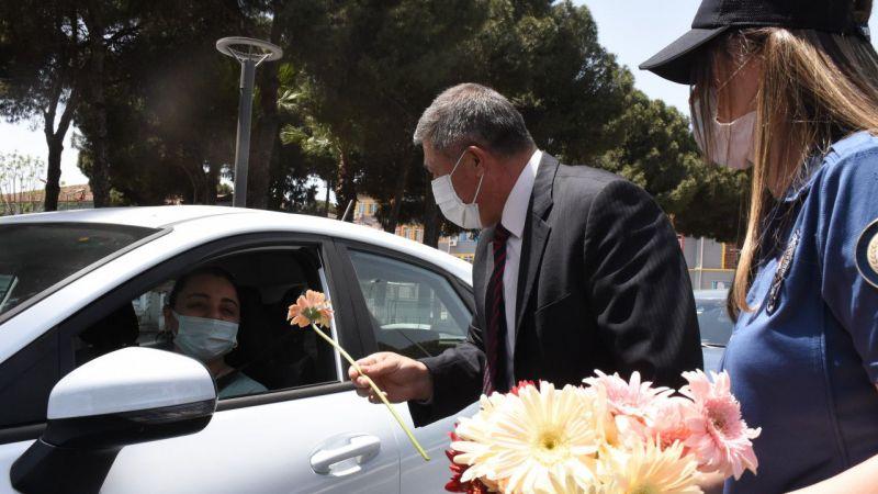 Aydın'da polis ve jandarmadan Anneler Günü sürprizi