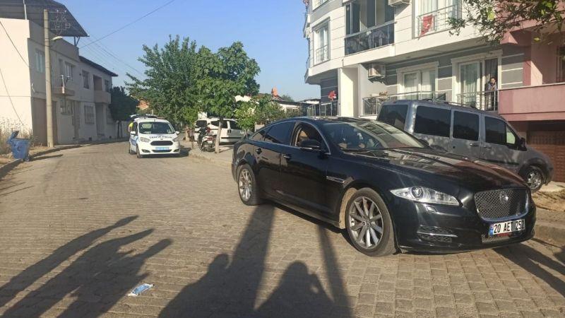 Nazilli'de ehliyetsiz sürücü kaçtı, polisler kovaladı