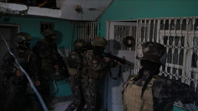 Aydın'ın da araların bulunduğu 8 ilde operasyon! 171 kişi yakalandı