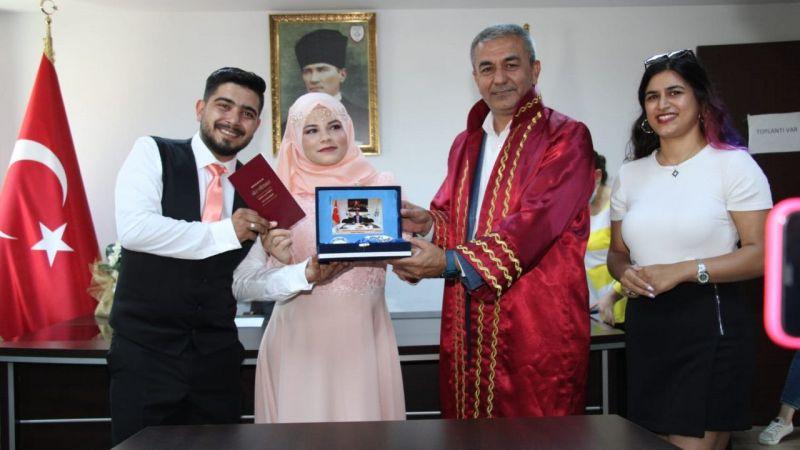 Aydın'da işitme ve konuşma engelli çiftin nikahı kıyıldı