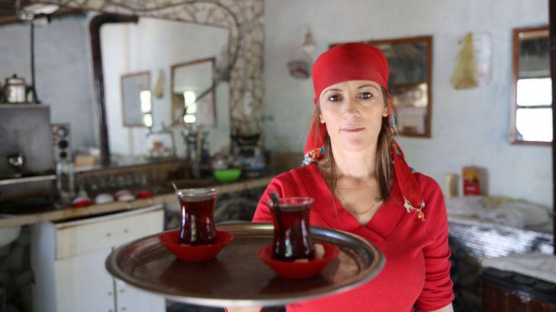 """Aydın'daki Çavdar köyünde çaylar """"Bizim Gız""""dan"""