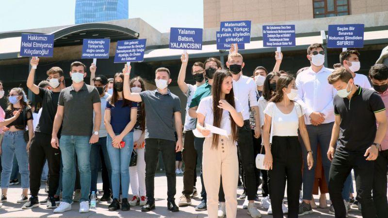 Aydınlı gençlerden Kılıçdaroğlu'na 1 liralık manevi tazminat davası