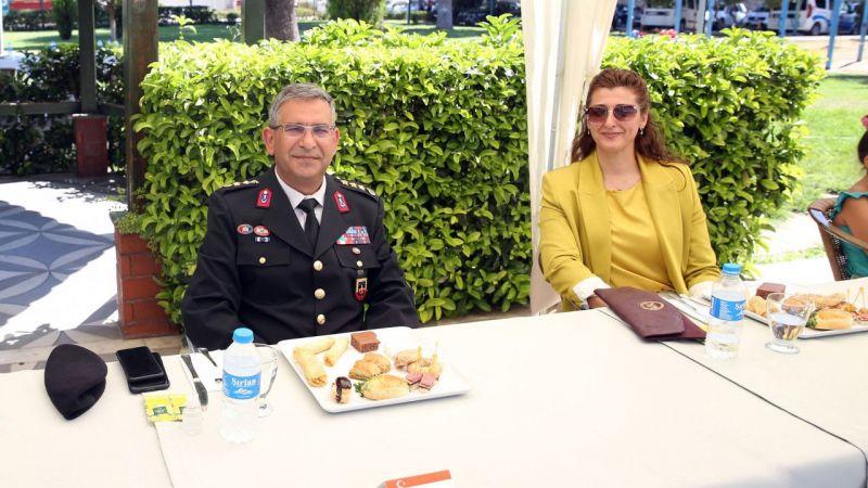 Aydın'da il protokolü bayramlaştı