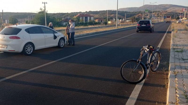 Otomobilin çarptığı bisiklet sürücüsü hayatını kaybetti