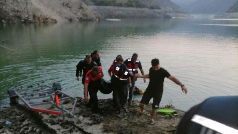 Serinlemek için girdiği barajdan cesedi çıkarıldı