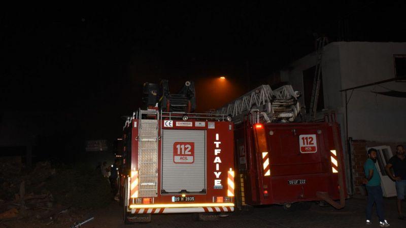 Aydın'da alüminyum doğrama atölyesinde çıkan yangında hasar oluştu