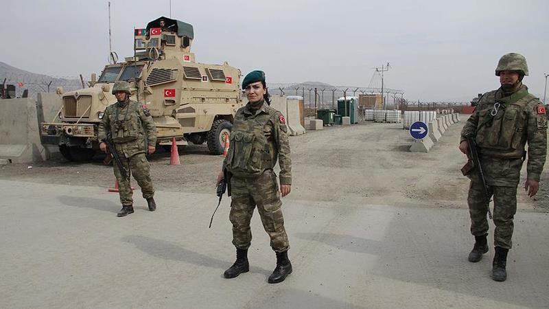 Türk askerleri Türkiye'ye döndü