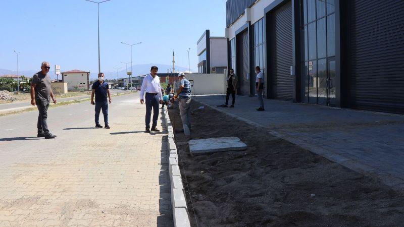 Nazilli Belediyesi şehrin dört bir yanında çalışmaya devam ediyor