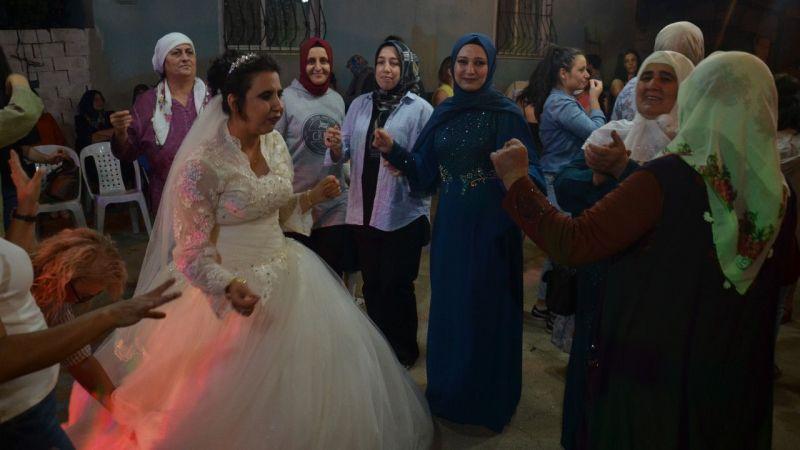 Aydın'da zihinsel engelli Gamze'nin gelinlik hayali gerçek oldu