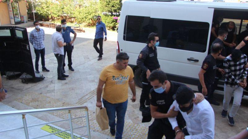 Aydın'daki cinayette gözaltına alınan 9 şüpheliden 4'ü tutuklandı
