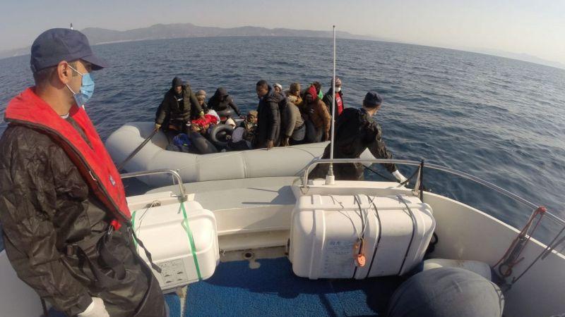 Kuşadası'nda 20 düzensiz göçmen kurtarıldı