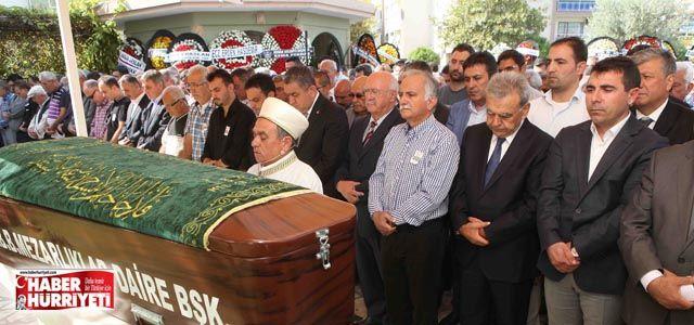 Bayraklı Belediye Başkanı Karabağ'ın acı günü