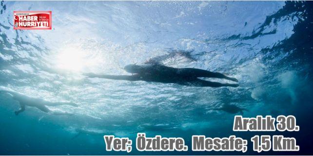 İMEAK Deniz Ticaret Odası İzmir Şubesi,Menderes Kaymakamlığı ve Belediye Başkanlığı bir araya geldi; Türkiye'nin ilk Kış Deniz Yüzme Yarışının yapılması sağlandı.