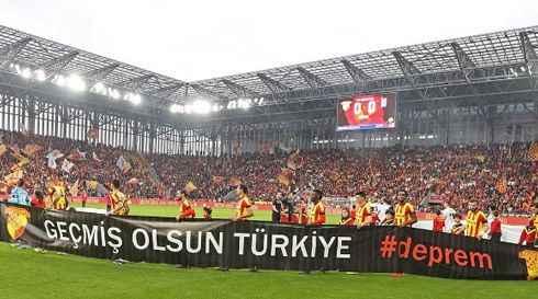 Göztepe Stadı'na Süper Açılış