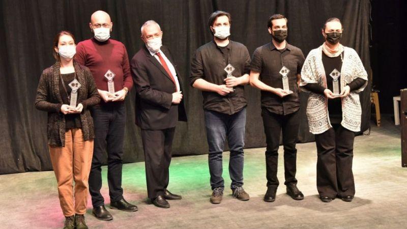 Bornovalı tiyatroculara 6 ödül birden
