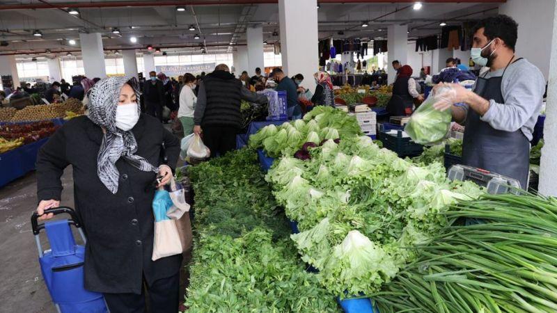 Konak'ta pazaryerlerine düzenleme