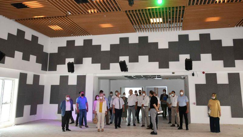 AK Parti ve İYİ Parti Karabağlar'ın projelerini gezdi