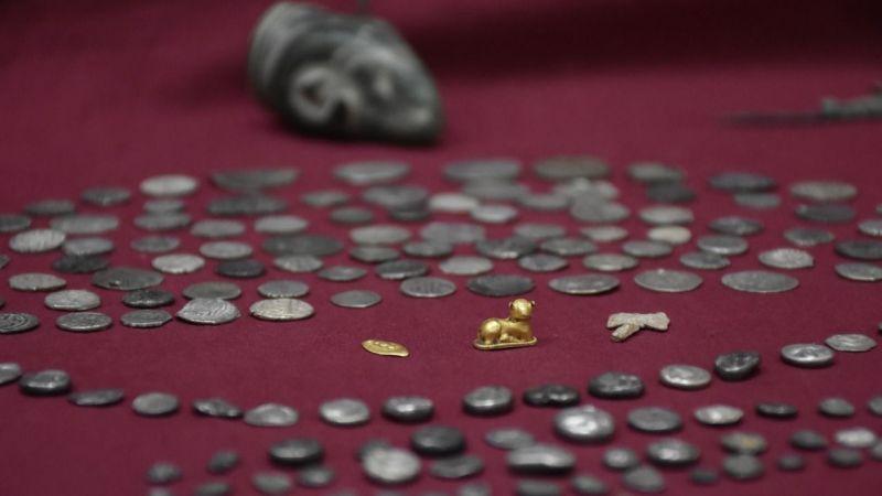 İzmir ve Manisa'da 9 bin tarihi eser ele geçirildi