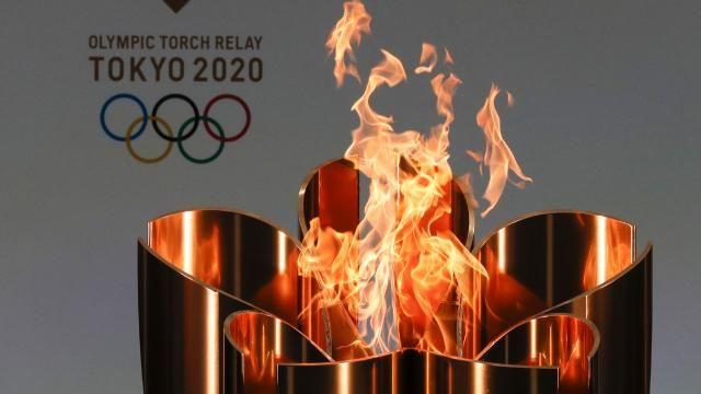 Japonya: Olimpiyat meşalesi boş stada geldi
