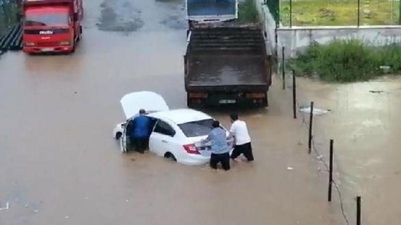 Rize'de yağış ve sel faciası: 4 Kişi kayıp