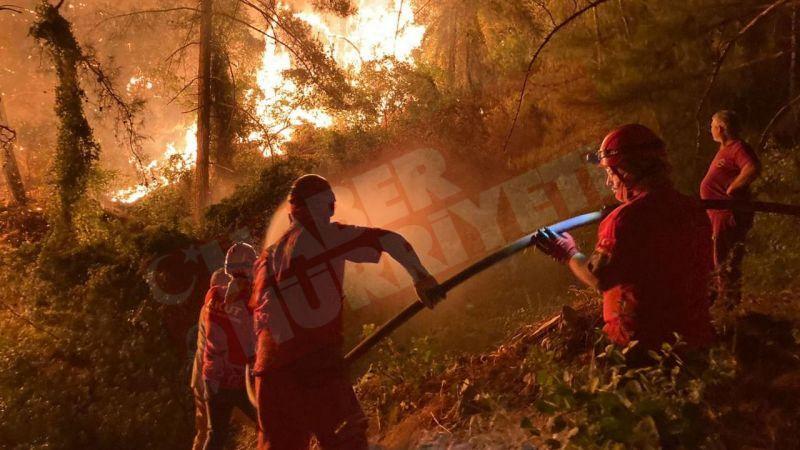 AKUT, Akdeniz yangınında 118 insanın ve yüzlerce hayvanın kurtarılmasına destek oldu