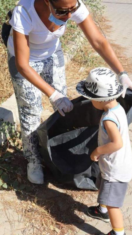 Karaburun'da yangına karşı tedbir temizliği