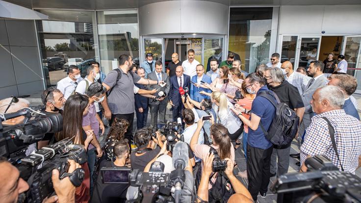 İzmir'de Büyükşehir Belediyesi ve AK Parti işbirliği