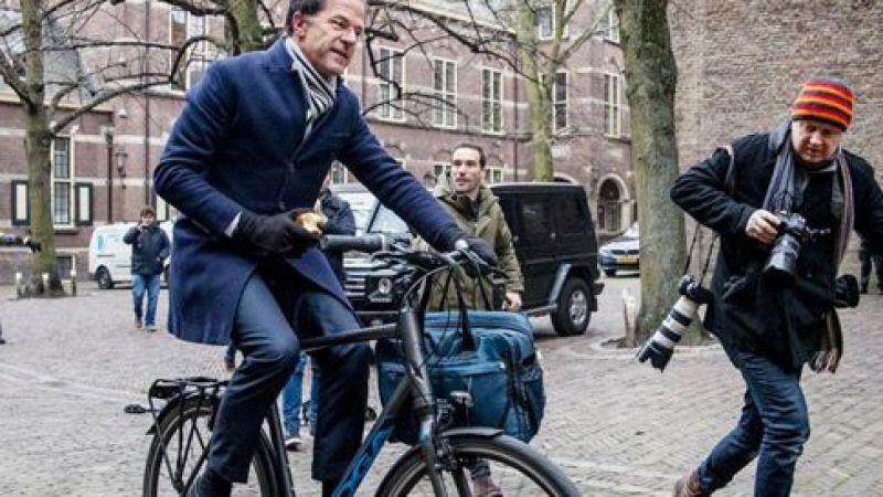 İşe bisikletle gidip-gelen Başbakan'ın güvenliği artırıldı