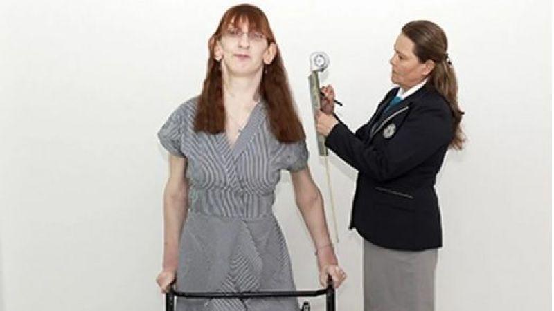 Yaşayan en uzun boylu kadın 2 metre 16 cm