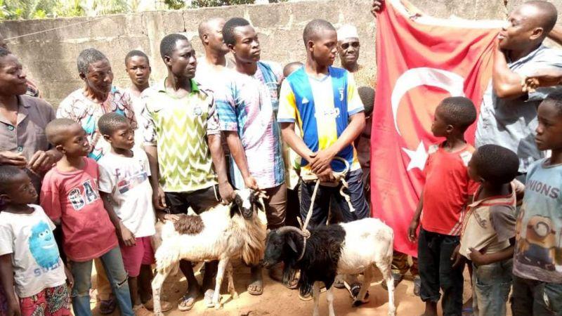 Togo ve Gine'de Mehmetçik için dua edildi