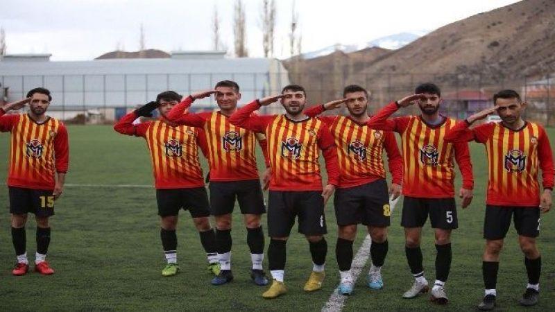 Oltu 25 Martspor rakibi Pasinler Belediyespor'u 9-3 mağlup etti