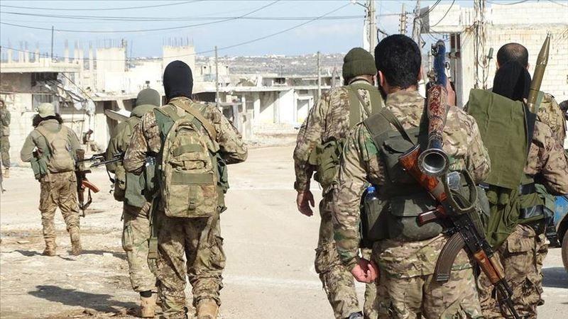 Ilımlı muhalifler İdlib'de stratejik Cebel Zaviye bölgesini geri aldı