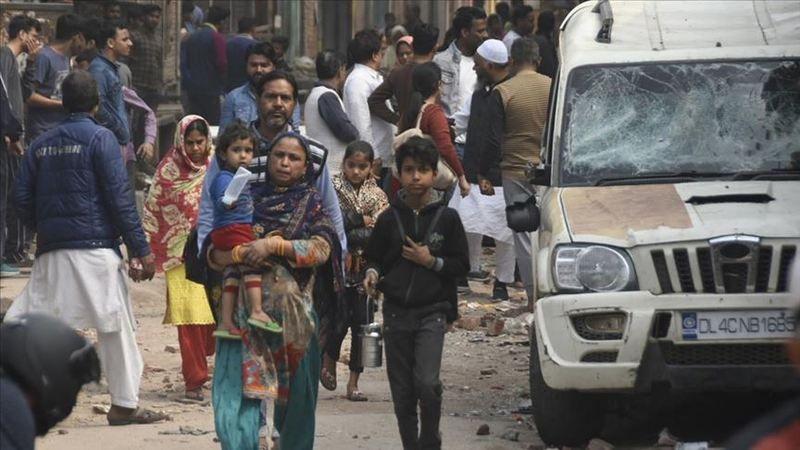 Yeni Delhi'deki şiddet olaylarından etkilenen Müslüman aileler kamplara sığındı