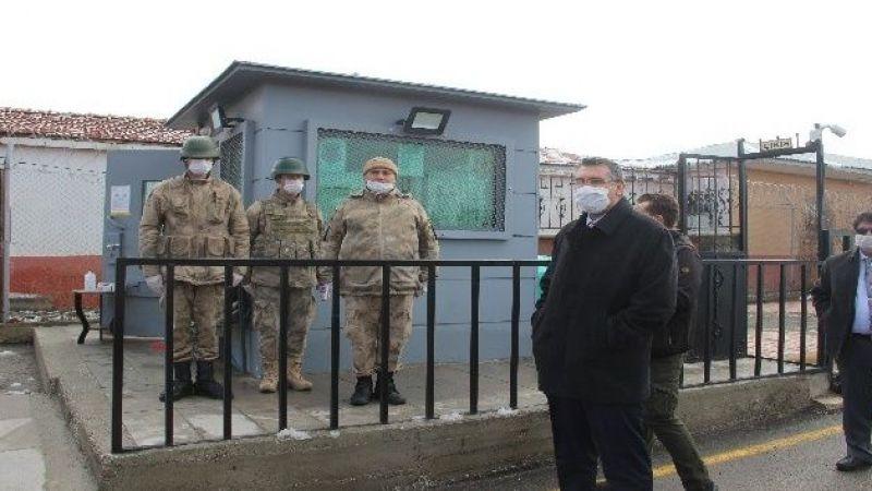2 bin hükümlünün kaldığı cezaevinde korona virüs önlemi