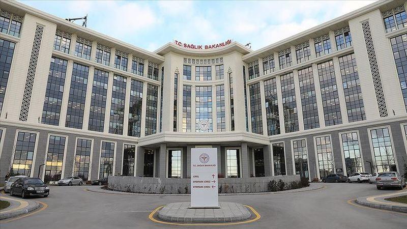 Türkiye'de Kovid-19'dan iyileşen hasta sayısı 1042'ye ulaştı