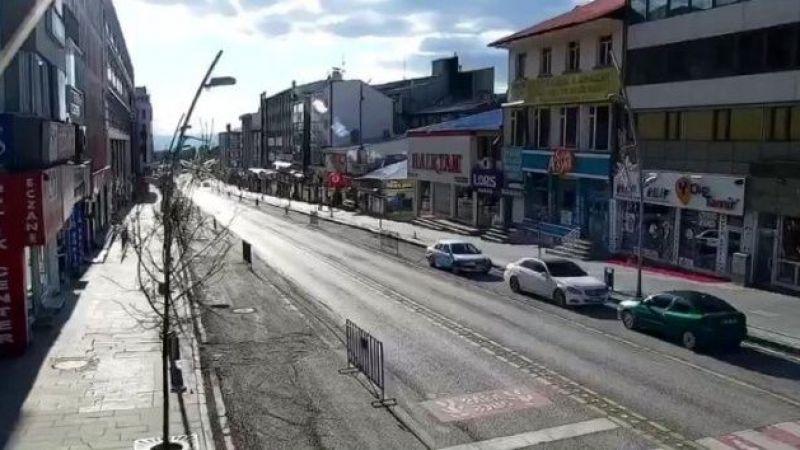 Erzurum'daki sessizlik, güvenlik kameralarına yansıdı