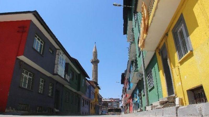 Erzurum'un en renkli mahallesinde fırıncıların ekmek mesaisi
