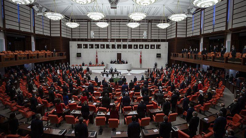 Gazi Meclisimiz Milli Mücadele'nin bizzat merkezi ve karargahıdır