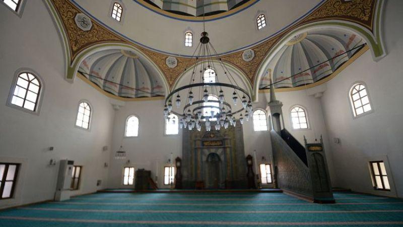 Asırlık camiler tarihinin 'en sessiz' günlerini yaşıyor