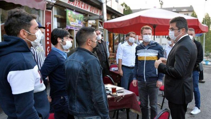 Vali Memiş sokak sokak gezip uyarıyor