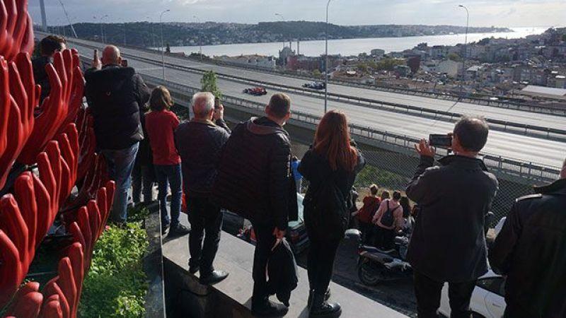 İstanbul'da yarış heyecanı; Formula 1 araçlarına yoğun ilgi