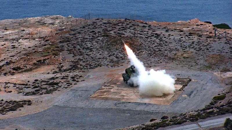 Yunanistan'dan Türkiye'ye S-400 çıkışı: Bir NATO üyesi test edemez.