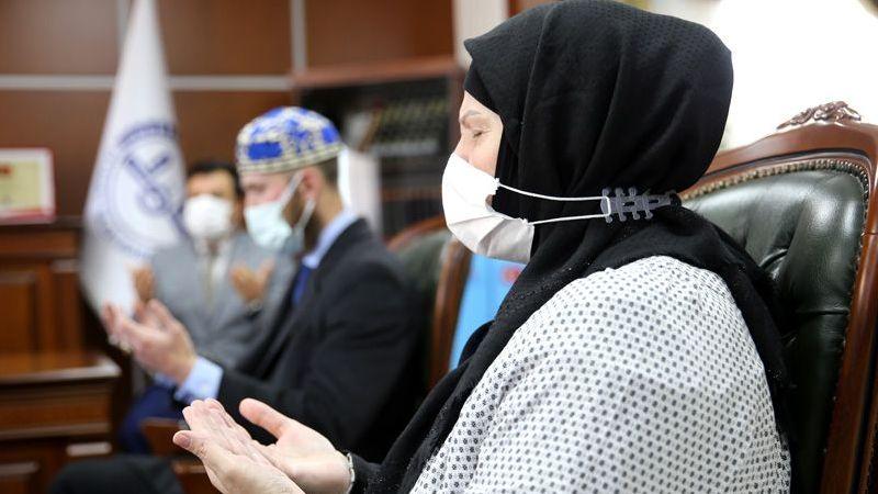 ABD'li anne ve oğlu İslamiyet'i seçti: Ezan sesi kalbimi eritti