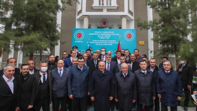 Özbekistan: Türkiye'nin Semerkant Başkonsolosluğunu açması bağımsızlığımızın yıl dönümüne özgü bir hediye