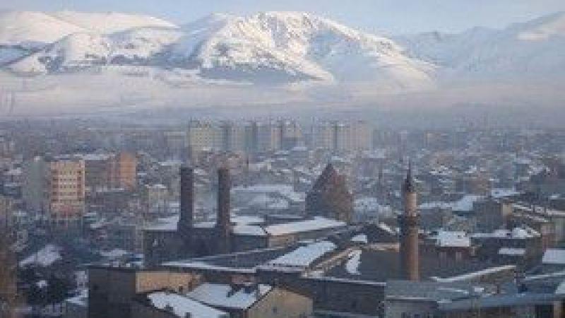 Erzurum'un düşman işgalinden kurtuluşunun 103. yıldönümü