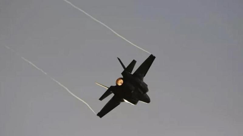 İtalyan'dan F-35'in uçak gemisinde kullanılmasına onay