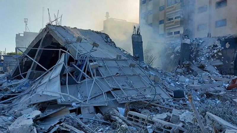 İsrail'in vurduğu Ulusal İslam Bankası'nın enkazı görüntülendi