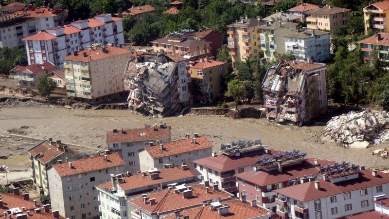 Ayancık, Türkeli ve Bozkurt'taki felaketin boyutu helikopterle görüntülendi